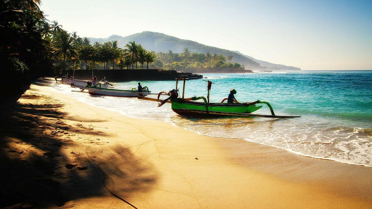 Barco pesca Bali