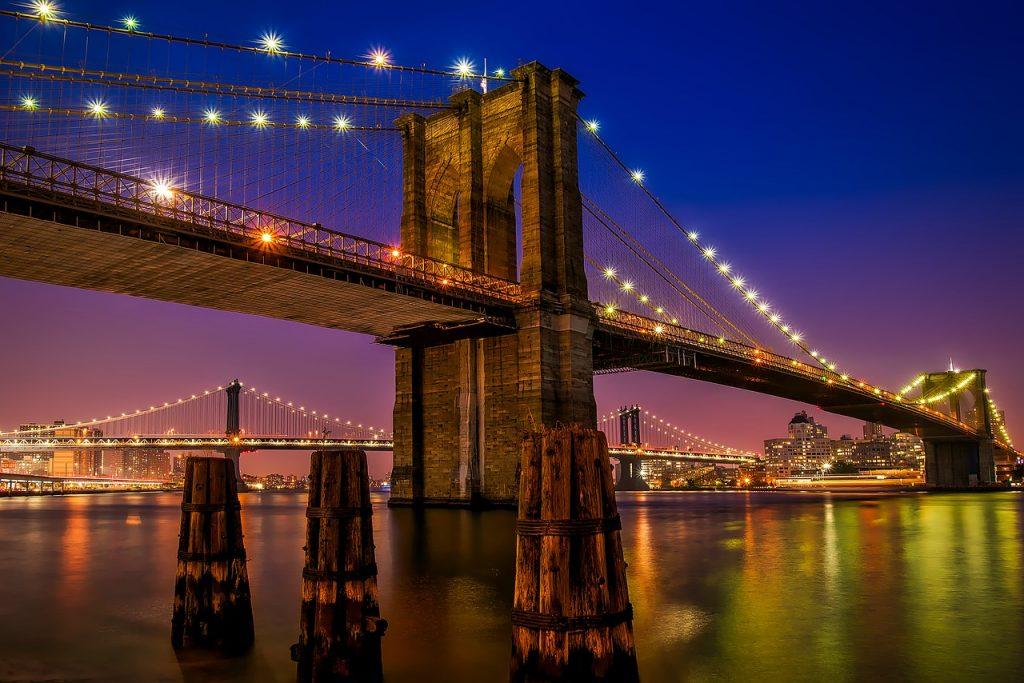 Puente de Brooklyn noche